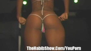 Stripper booty Shaking contest