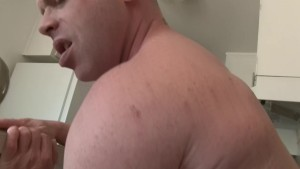 Whiteboy feels the need to breed - Factory Video