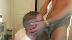 My straight neighbour made a porn: watch him gets sucked by a guy.