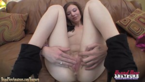 Pretty amateur gets slutty at casting giving head