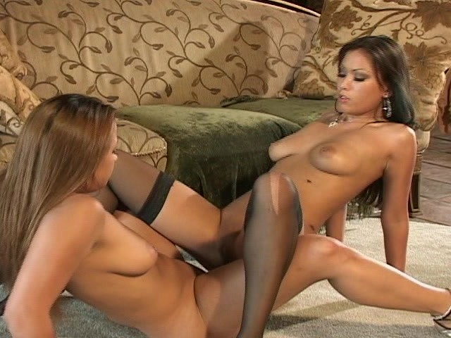 Free Young Lesbian Porn Videos