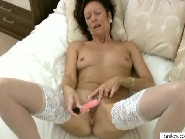 Sexy Latina Teen Squirt