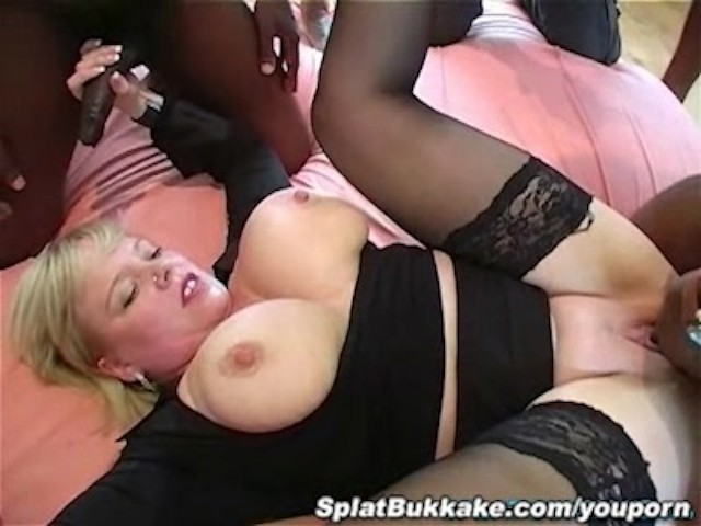 British Mature Threesome Anal