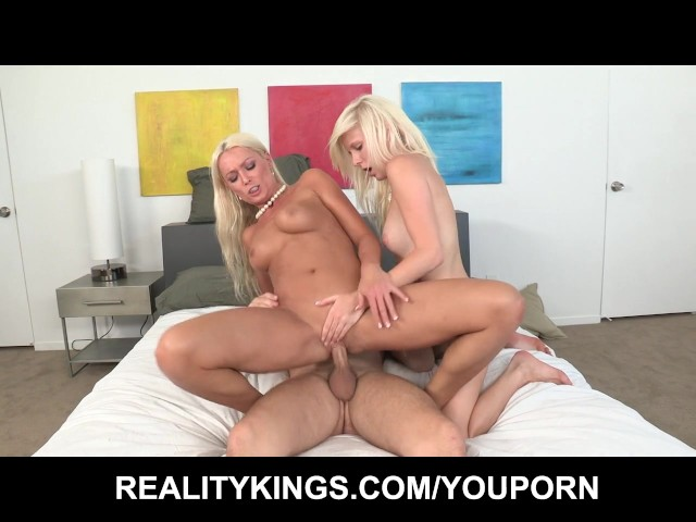 Fucking Girlfriends Milf Mom