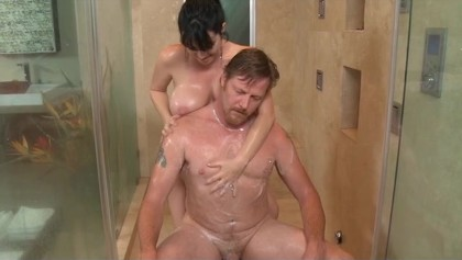 Rayveness Shows Her Dd Tits in the Shower - Free Porn Videos - YouPorn