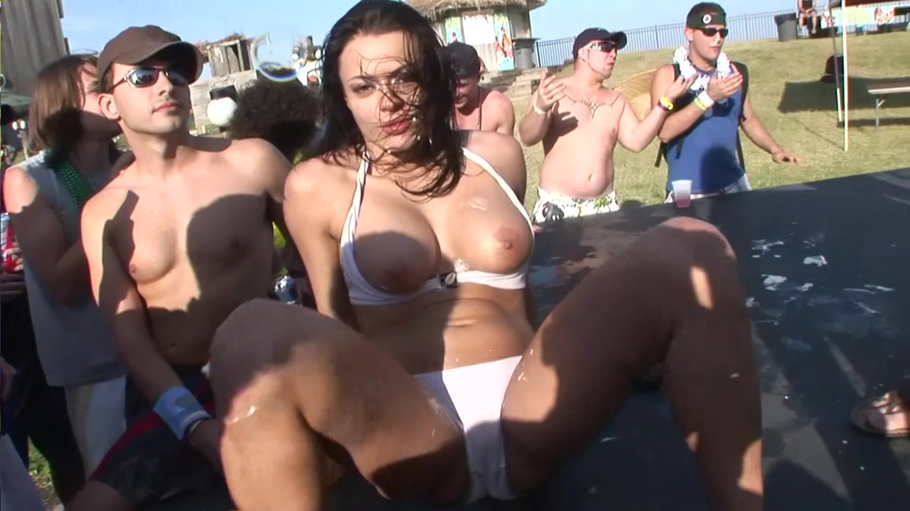 Spring break flashing