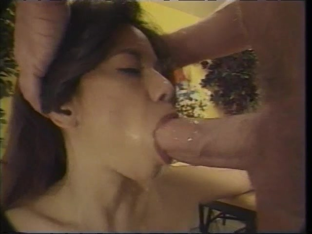 Girl Sucks Shemale Cock