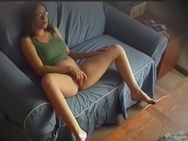 Real Babysitter Caught On Nanny Cam - Free Porn Videos -5062
