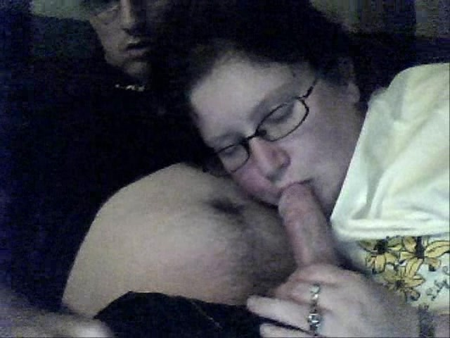 Amateur Wife Threesome Moaning