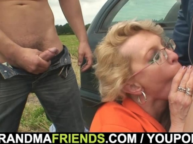 Milf Picked Up Threesome