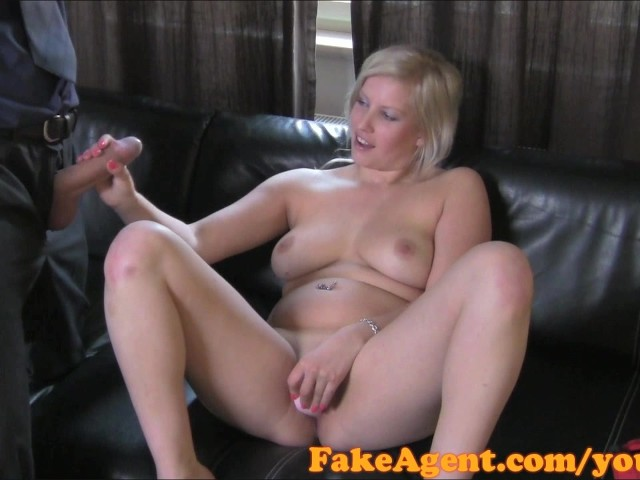 Tight Pussy Makes Me Cum