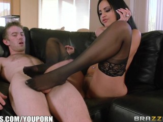 Kimberly Kendall cheats on her BF – Brazzers
