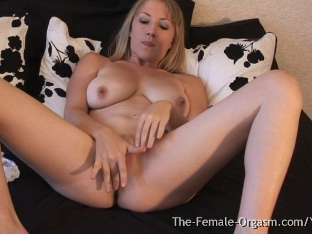 Milf With Big Pussy Lips And Sopping Wet Orgasm -6246