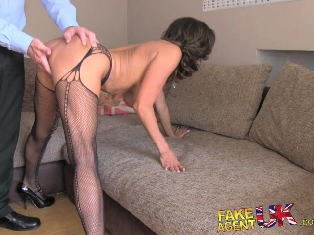 Amateur British Milf Orgasm