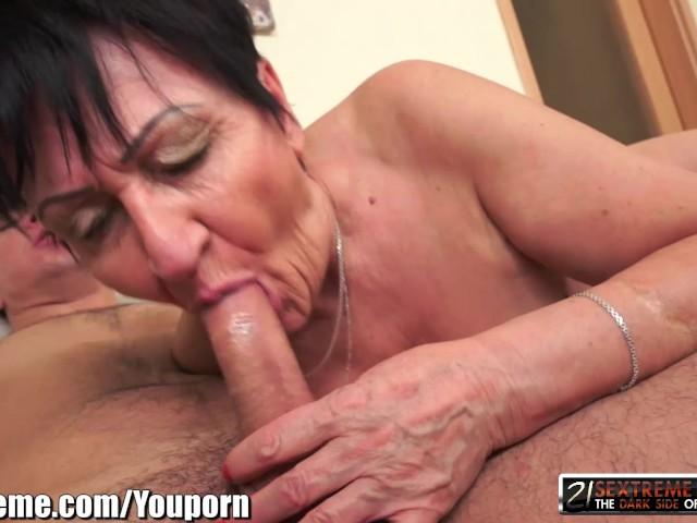 Gilf sex videa mŕtvy alebo živý lesbické porno