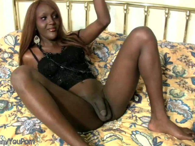 Ebony Pretty Face Blowjob