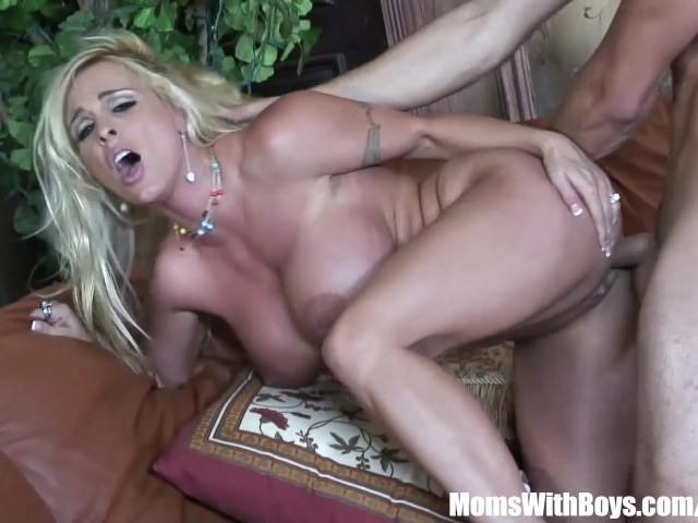 Horny Blonde Mom Fucked