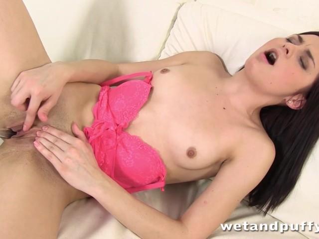 Sexy Latina Girl Masturbating