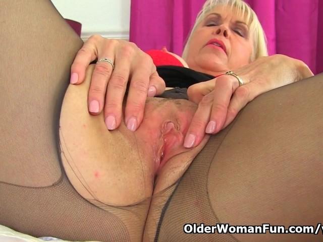 Old Mature Lady Seducing