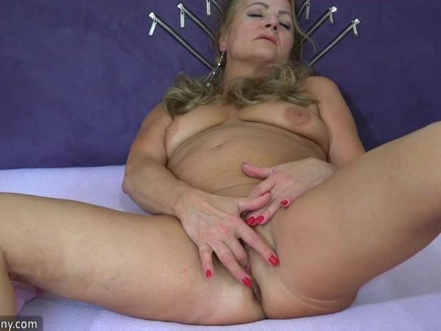 Oldnanny Mature Granny Valdi Solo Toy Masturbation - Free Porn Videos -9657