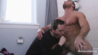 Maskurbate Str8 Roomie Agrees to be Gay Playtoy!