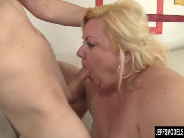 Perfect Body Milf Gets Fucked