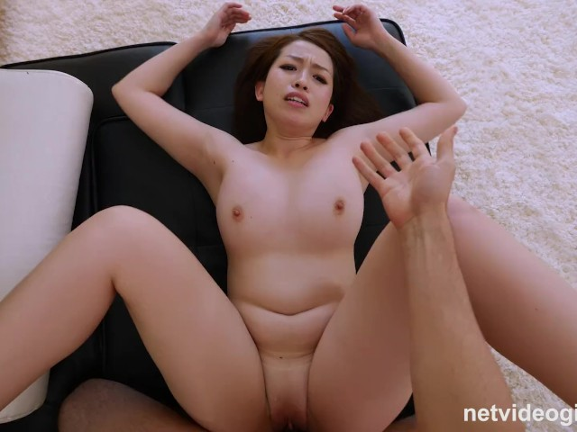 Gorgeous chinese having sex