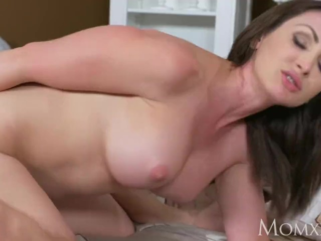 Virgin Boy Creampie Milf