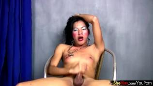 คลิปโป๊ คลิปหลุดฟิลิปปินส์ XXX  FULL video of Ass toying Filipino femboy stroking thick dick