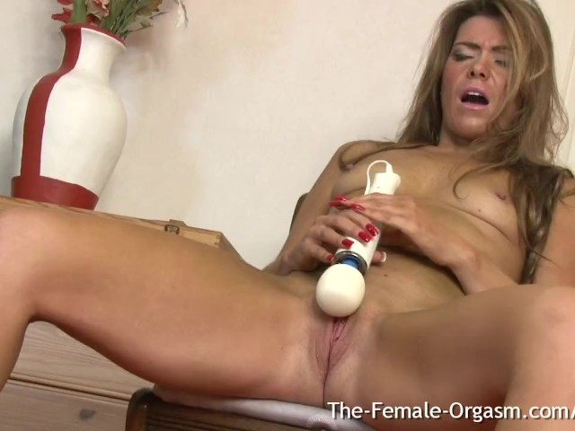 Insane Orgasm Leaves Her