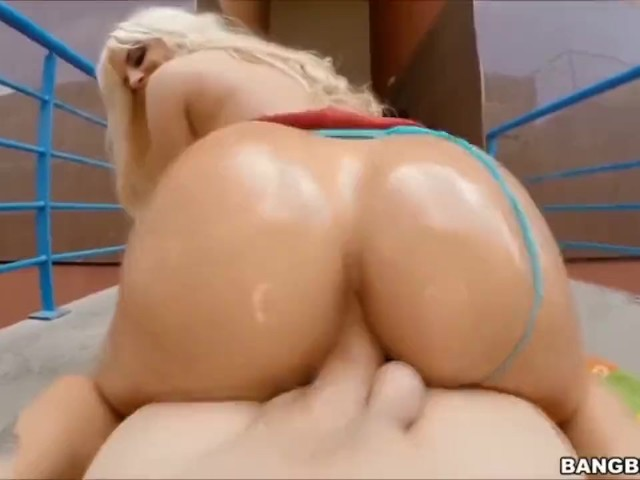 Big Booty Ebony Squirters