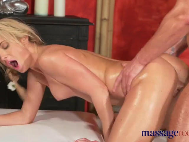 Blonde Milf Cuckold Creampie