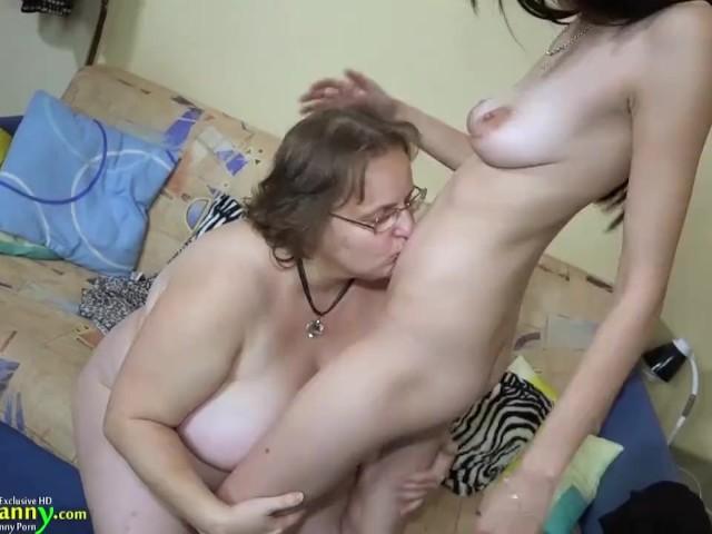 Real Lesbian Amateur Squirt