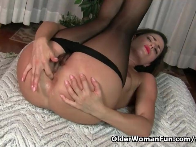 He Fingers Her Pussy Orgasm