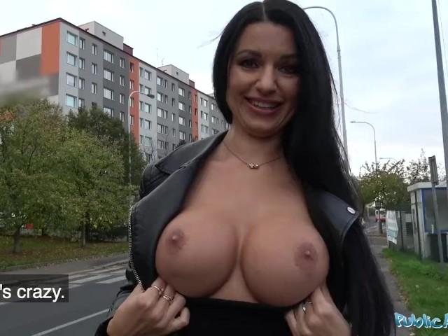 Public Agent Milf Loses Handbag And Her Panties - Free -5169