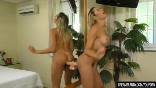 Tantalizing Shemale Bella Atrix Fills Her Anus with a Thick Dildo