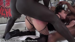 Henessy anale seks gratis Amateur gay porn pics