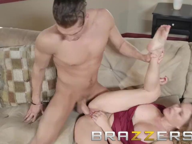 Sexy cheating milfs nude