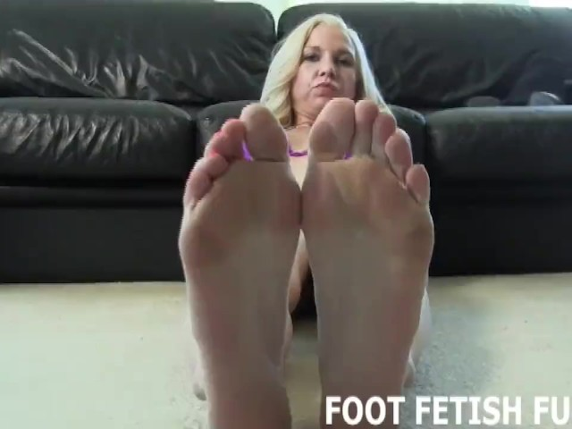 Alyssa Kayson Feet Worship