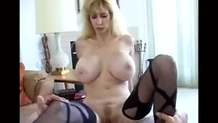 Commando girls masturbate