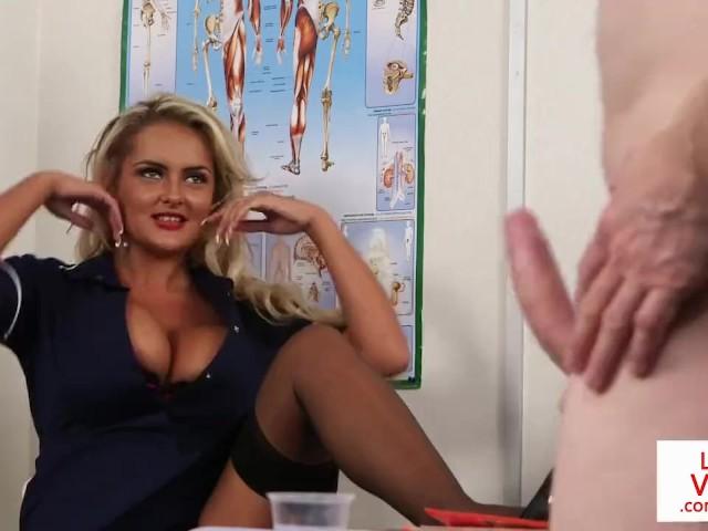 Cfnm Voyeur Nurse Instructing Jerkoff - Free Porn Videos -6115