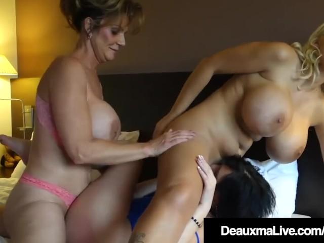 Big Boobs Lesbian Scissor
