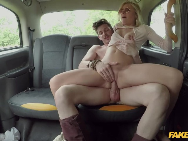 sex in a taxi