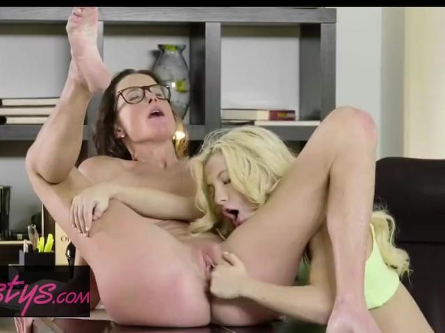 Lesbian Brazil Foot Worship
