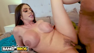 BANGBROS - Busty Cougar Ariella Ferrera Trades Her Pussy For Lil D's Cookies