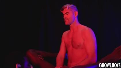 Zadarmo gay monstercock porno