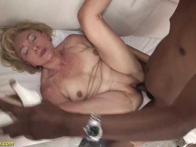 Amateur Mature Takes Huge Cock