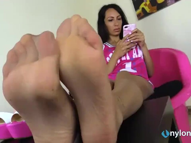Big Feet Tickled Stocks