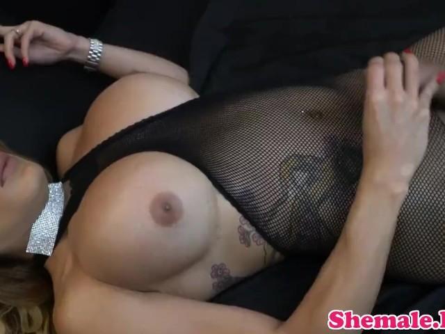 Mature Transgender Babe Dildoing Her Ass