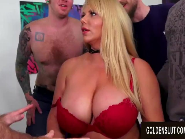 Big Tits Mature Barista Karen Fisher Gets A Five Man -9806